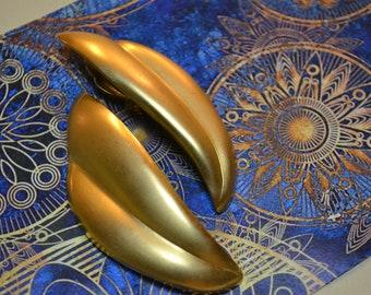 Statement Earrings! Gold Stud Earrings| Clip On| Vtg