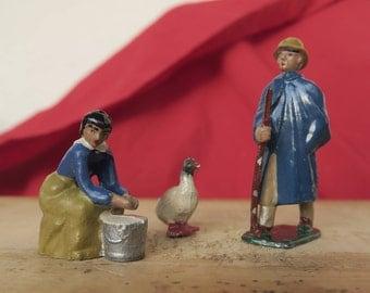 3 Figurines en plomb peintes à la main d'époque début XX ème, canard, fermière et le berger,3 Hand-Painted Lead Figurines Early 20th Century