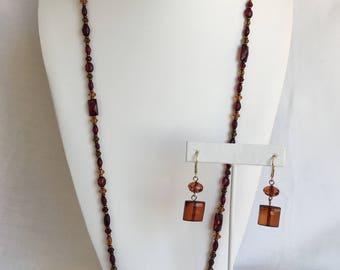 SALE Amber Colored Faceted Lucite Bead Vintage Set: Gold Tone Dangle Lever Back Pierced Earrings And Liz Claiborne Necklace
