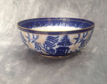 Art Nouveau Royal Doulton Willow Pattern bowl with gilt decoration - late 1800's