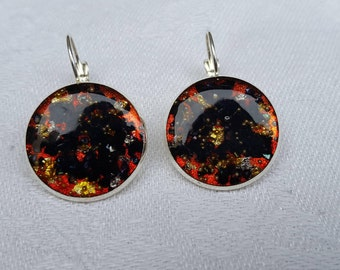"Resin inclusion ""sleepers"" earrings, red, black and gold"