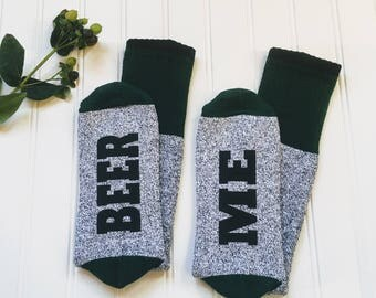 Beer me socks for men, If you can read this bring beer, beer lover gift, gift for dad, husband gift, brother gift, stocking stuffer.
