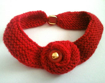 Wool flower Choker