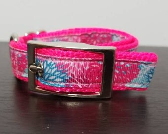 "3/4"" Pink Flowers Metal Buckle Dog Collar"