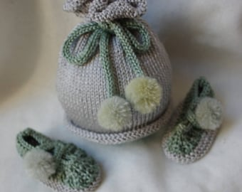 Mixed baby hat size 0/3 month gray green