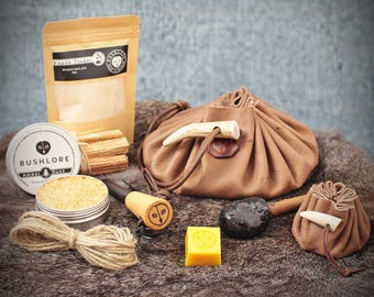 Bushcraft Fire Kit | Tinder, Survival, EDC, Traditional Gear | Natural Handmade Gift Set | Ferro Rod | Leather Tinder & Possibles Pouch