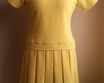 Vintage 1960's mod dress yellow crimplene drop waist box pleated skirt ladies size 14