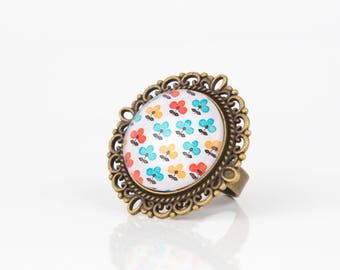Vintage orange yellow #1276 flowers cabochon ring