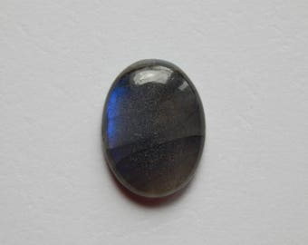 Oval labradorite cabochon 23 x 18 mm