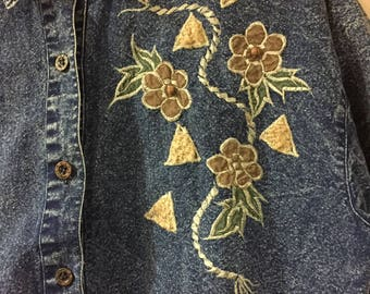 Vintage Denim Embroidered Collared Button Up Top Size Large