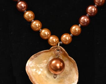 Elegant Jingle Shell Necklace Melusina, Stone, Ocean, Mermaid, Jewelry