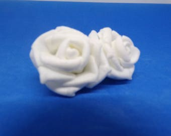 Decorated with white fabric flower brooch