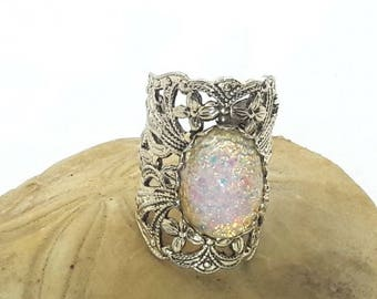 Vintage Foil Opal Glass Brass Ring/1960's Faux Opal/Adjustable Opalescent Ring/Present for her/Vintage 60's Jewelry/Free Shipping US