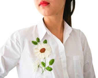 Shirt with embroidered sunflower ribbons