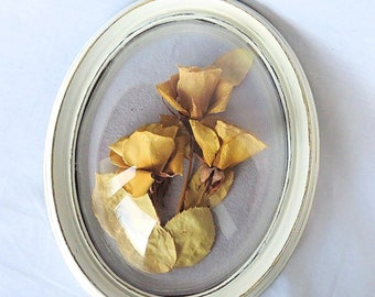 Vintage Framed Real dried Flowers under Glass, Round Wooden Frame