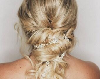 Laura Hair Vine