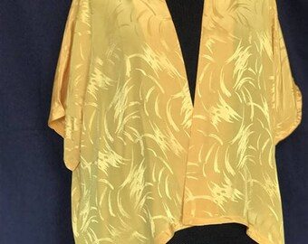 yellow swing jacket, size 10-16, non wrinkle travel cruise clothes, light weight, very packable