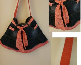 Pink Ruffle Purse (child)