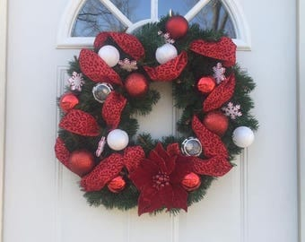 Christmas red and white wreath