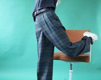 Pants with clip tartan pattern / checks