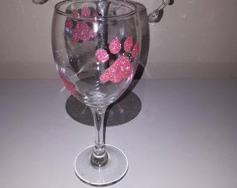 Pink Paw print glitter wine glass