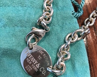 Authentic Tiffany and Co. Sterling Silver Please Return to Tiffany Oval Tag Choker Necklace