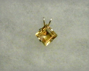 7mm Princess Cut Golden Citrine Gemstone in 925 Sterling Silver Pendant Necklace November Birthstone