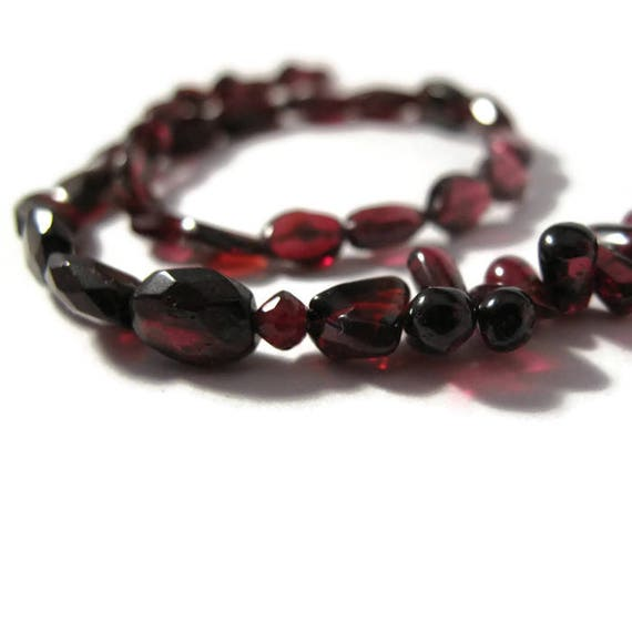 Strand of 39 Garnet Beads, Multi Shape and Size, Natural Garnet Gemstones for Making Jewelry, 4mm x 4mm - 10mm x 7mm (L-Mix11a)