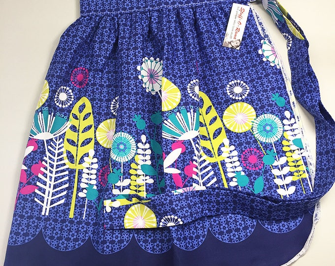 Skirt Apron - Vintage Pin Up Style - Mod Flowers Blue