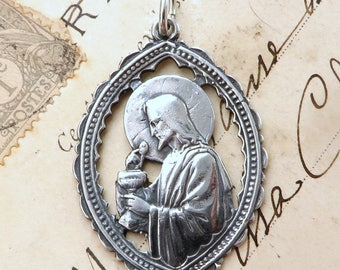 Sterling Silver Jesus with the Holy Eucharist Medal - Antique Replica