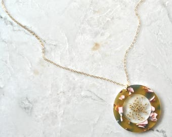 White Queen Annes Lace Necklace Pressed Flower Jewelry Botanical Jewelry Bridal Jewelry 14k gold fill