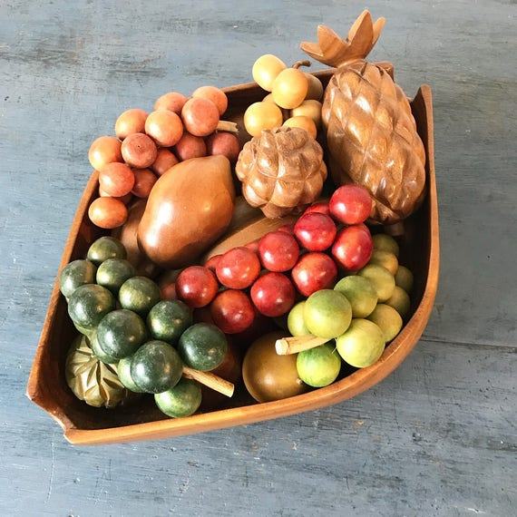 vintage wooden fruit and bowl - hand carved monkey pod wood centerpiece - Mid Century Modern - 20 piece set