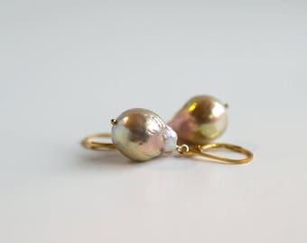 Rippled freshwater pearl earrings, kasumi-like pearl earrings, June birthstone