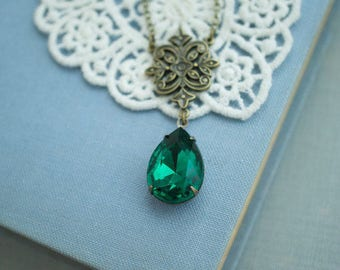 Victorian Inspired Emerald Green Pear Necklace Dark Green Rhinestone Glass Jewel Antiqued Brass Necklace Wife Gift For Her Mothers Day Gift