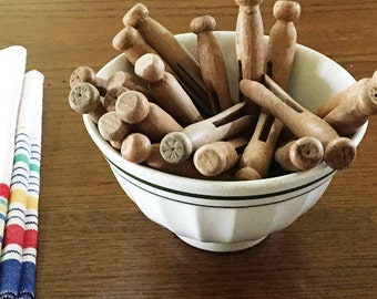 Round Wood Clothespins Vintage 4 inch Wood Pegs Old Clothespins, Laundry Room Decor, Rustic/Country Farmhouse