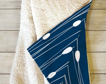 Navy Blue Fleece Sherpa Throw Blanket // Modern Home Decor // Modern Geometric // Dorm Decor // Entangled Navy Design // Blue// Cozy
