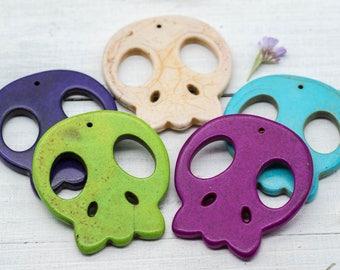 Skull Pendants, 55mm, 5pcs, Day Of The Dead,  Skull Beads, Howlite Skull Pendant -B212