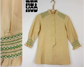 JUNIORS / KIDS SIZE - Just Lovely Vintage 70s Tan & Green Smocked Hippie Boho Shift Dress