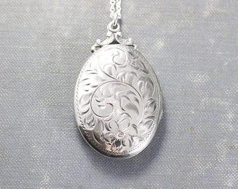 Birks Sterling Silver Locket Necklace, Vintage Flower Engraved Oval Photo Pendant - Forget Me Not