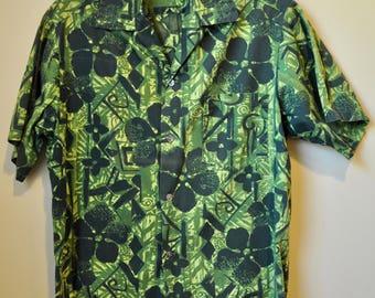 Vintage Mens 1960s Green Block Print Hawaiian Cotton Shirt 46 inch chest