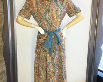 Vintage 1940s Saybury Paisley Rayon Robe Size Small