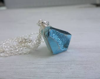 Blue Druzy Necklace, Blue Drusy Necklace, Light Blue Druzy Pendant, Geometric Necklace, Light Blue Gemstone, Gift For Her, Gifts Under 25