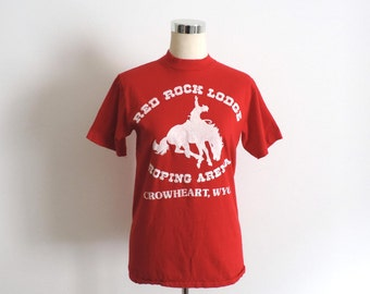 Red Rock Lodge Cowboy T Shirt Crowheart WY Red Small
