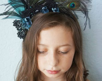 PEACOCK SHOWGIRL Headband Black Lace Teal Feathers Ostrich Turquoise Green Flower Buds Rhinestone Jewels Halloween Dark Wedding Headpiece