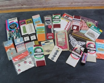 Vintage Sewing Notions Lot