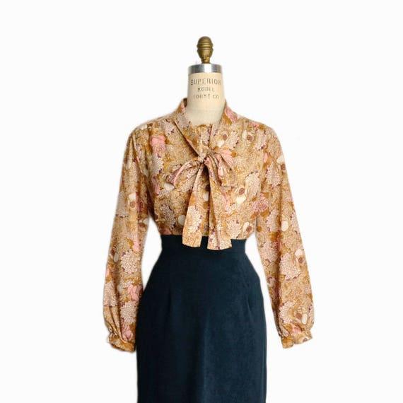 Vintage 70s Floral Tie Neck Blouse / Secretary Blouse in Copper & Rose - women's medium