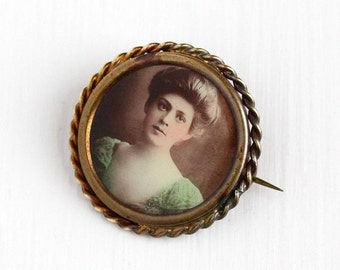 Sale - Antique Edwardian Gibson Girl Photographic Pin - Vintage 1910s Round Brass Coiled Frame Tinted Portrait Photo of Woman Jewelry Brooch