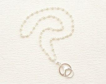 Pearl ID Badge Holder, Pearl Lanyard, All Pearl Silver Lanyard, Simple Silver Eyeglass Loop, Pearl Necklace Lanyard, Pearl Name Badge Holder