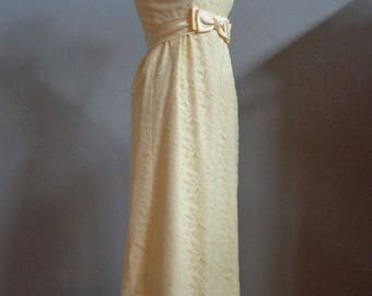 """Vintage 60's-70's Yellow Lace Prom / Evening Gown Floor Length Scooped Neckline with Satin Ruffle Empire Waistline & Satin Bow Bust 36"""""""