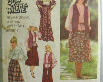 1970's Go Everywhere Pullover Blouse, Unlined Vest and Skirt Sewing Pattern - Simplicity 8756 -  Size 10, Bust 32 1/2